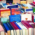 Oddać, sprzedać, wyrzucić? Co zrobić z niechcianymi książkami?